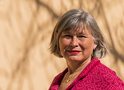 "Bild på MUCF:s generaldirektör Lena Nyberg deltog i senaste avsnittet av podden ""Landet"" . Foto: Felix Oppenheim"