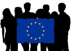 Illustration av siluetter som håller en EU-flagga.