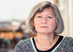 - Det är oroväckande att stora delar av Sverige helt saknar mötesplatser för unga hbtq-personer, säger MUCF:s generaldirektör Lena Nyberg.Foto: Linnea Bengtsson