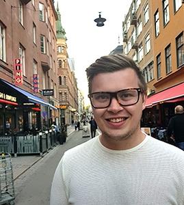 Porträttfoto på Mickael Rogell